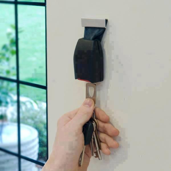 Praktisch - eine Auto-schnalle als Schlüsselhalter