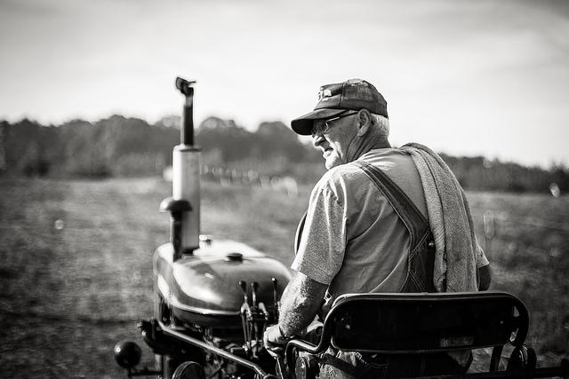 Der Bauer und die Glücksbohnen – Kurzgeschichte für bewussteres Leben