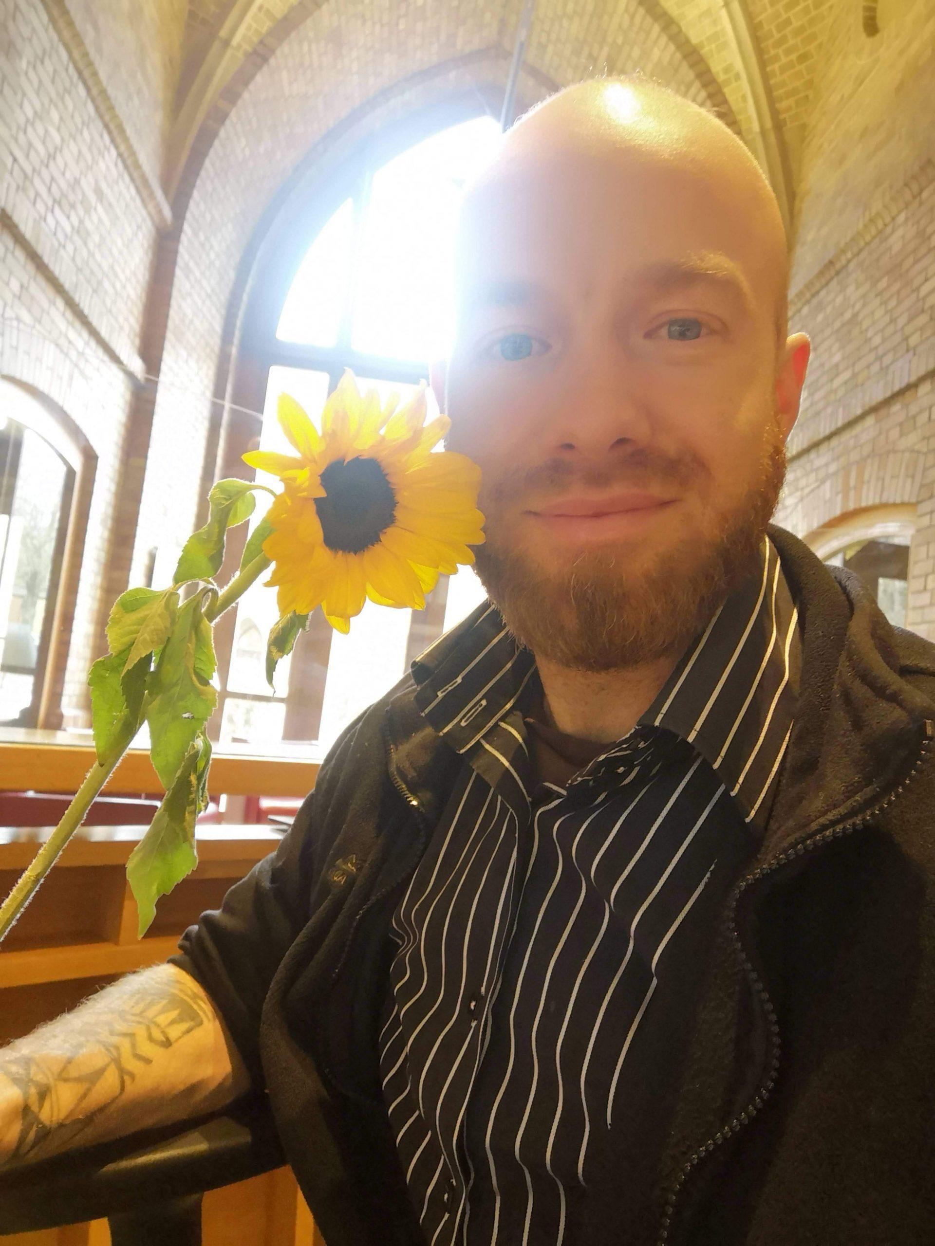 georg kirschstein mit sonnenblume